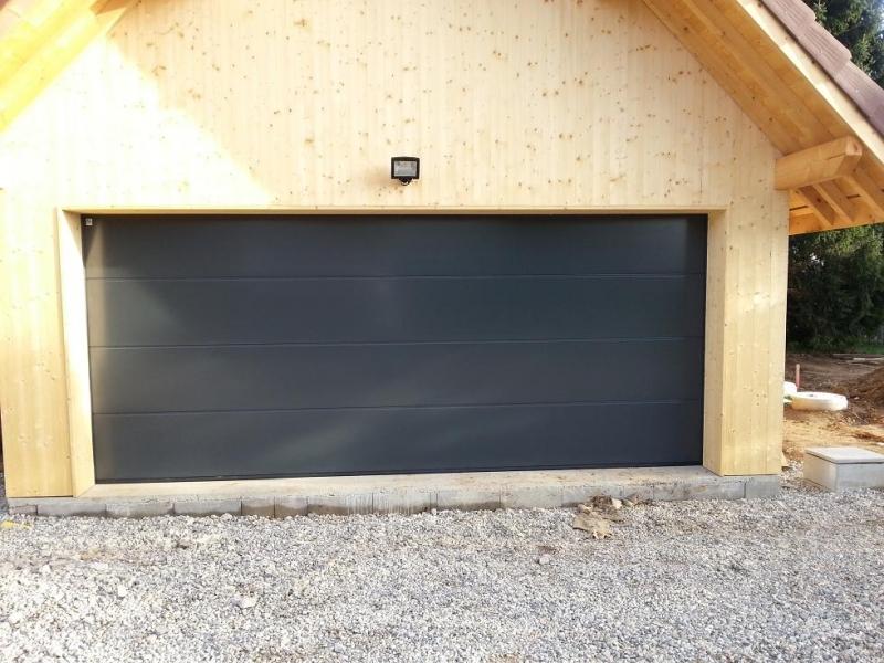 Installateur de porte de garage a annecy al automatisme for Garage peugeot haute savoie